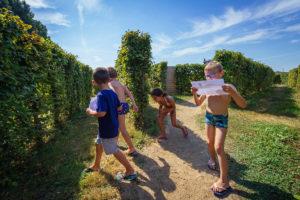 Parc d'attraction, labyrinthe, jeux d'orientation près d'angers, Maine et Loire
